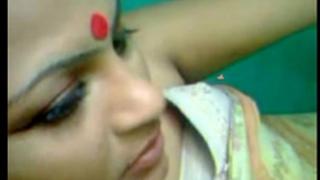 Desi kharagpur bhabhi lewd fuck with devar - indian porn movies
