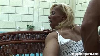 Blonde aged melissa q engulfing and fucking juvenile jock