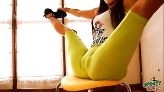 Big gazoo ideal body legal age teenager stretching and bending! cameltoe queen!