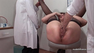 French squirt redhead arse inspected doublefist drilled at the gyneco