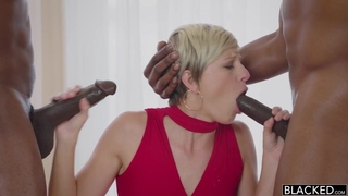 Gorgeous short-haired babe serves two BBCs at the same time