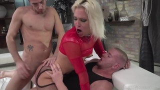Hungarian blonde chick in red heels gets double donged