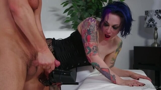 Tattooed emo chick licks cum off her high heels after a hard fuck