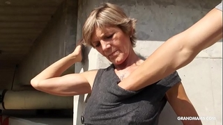 Hot blond tattooed old cougar gives the most excellent blowjobs