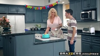 Brazzers - mama got billibongs - my allies drilled my mommy scene starring ryan conner, jordi el ni&ntild